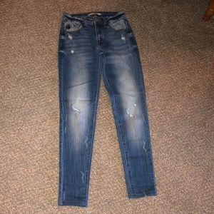 KanCan jeans. 24